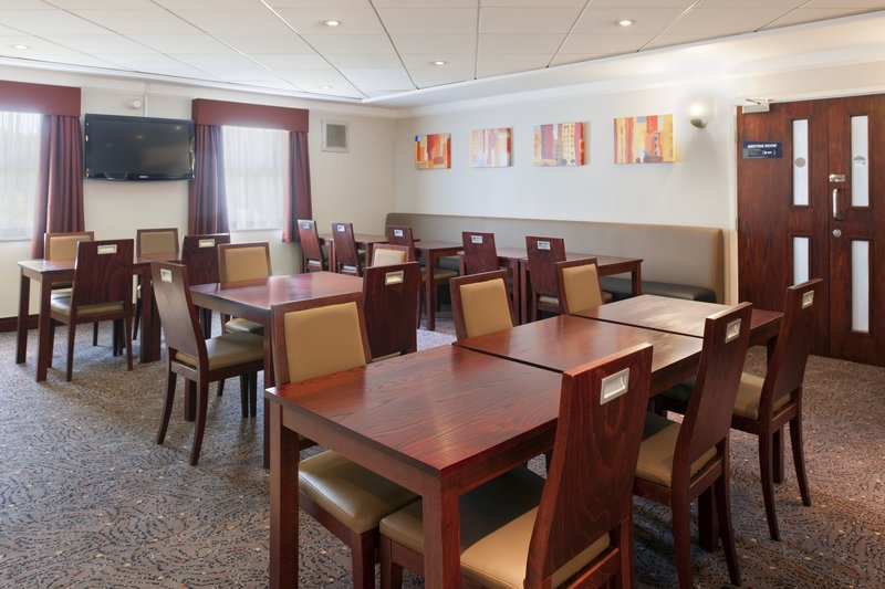 Holiday Inn Express Glenrothes-Breakfast Area<br/>Image from Leonardo