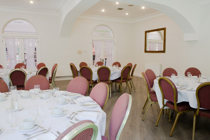 Holiday Inn Corby - Kettering A43-Little Diamond Suite<br/>Image from Leonardo