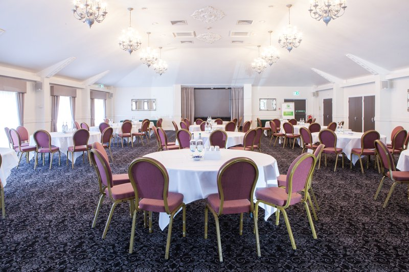 Holiday Inn Corby - Kettering A43-Manor Suite<br/>Image from Leonardo