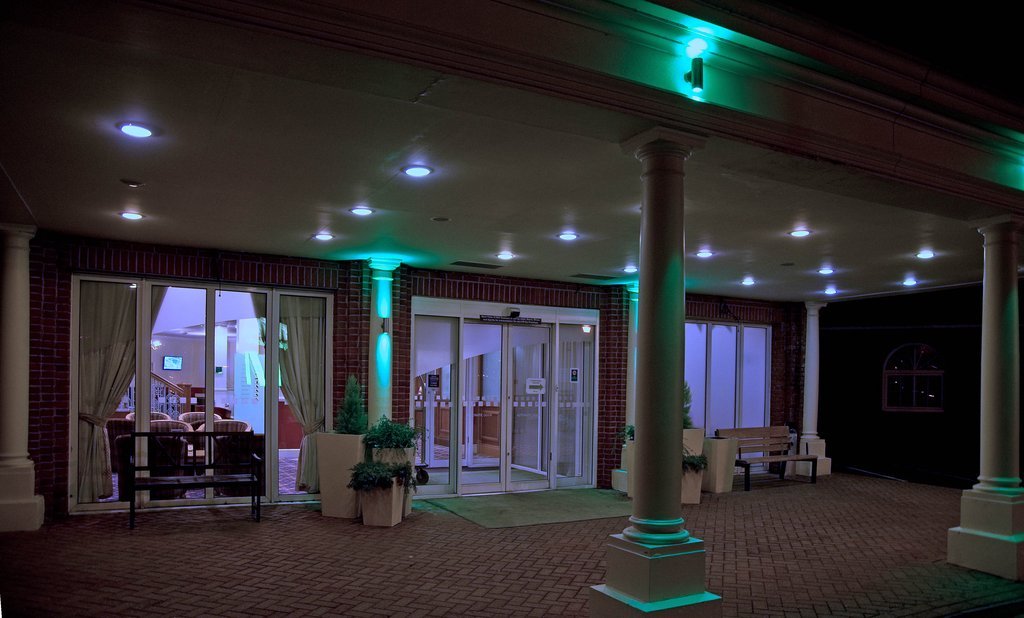 Holiday Inn Corby - Kettering A43-Perfect spot for a nightcap<br/>Image from Leonardo