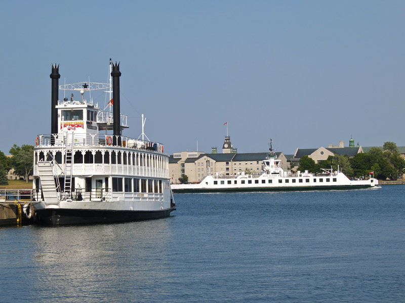 Holiday Inn Kingston - Waterfront-Kingston 1000 Islands Cruises<br/>Image from Leonardo