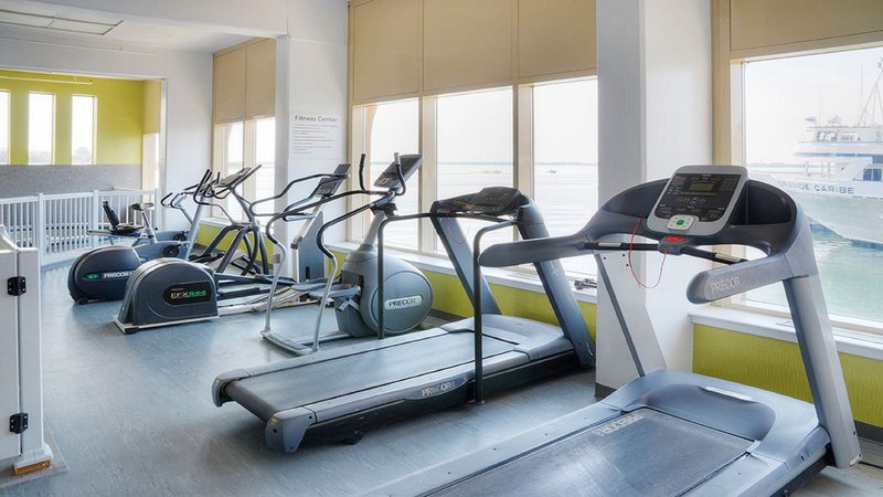 Holiday Inn Kingston - Waterfront-Enjoy a great workout in our Fitness Center<br/>Image from Leonardo