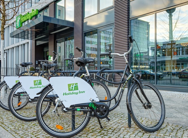 Holiday Inn Berlin Centre Alexanderplatz-Rent a bicycle for a ride around the city<br/>Image from Leonardo