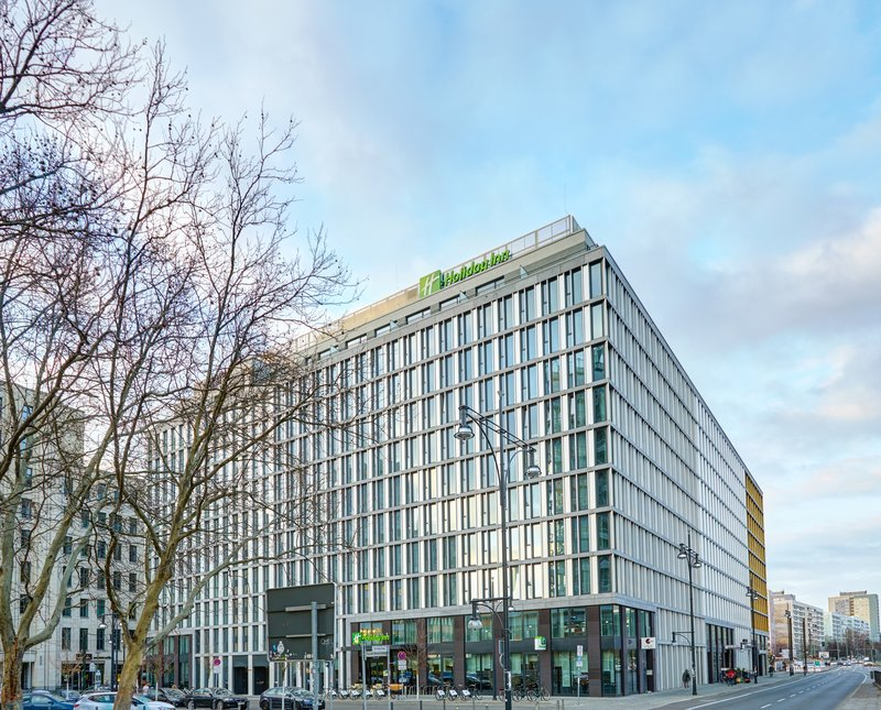 Holiday Inn Berlin Centre Alexanderplatz-Hotel Exterior Day<br/>Image from Leonardo