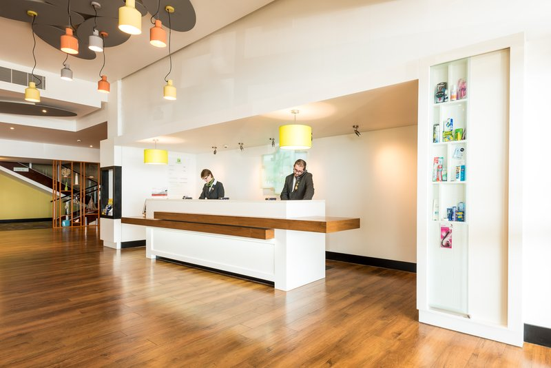 Holiday Inn Brighton - Seafront-We shall welcome you with smiles at Holiday Inn Brighton -Seafront<br/>Image from Leonardo