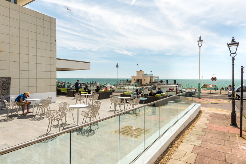 Holiday Inn Brighton - Seafront-Enjoy the view of the beach from Holiday Inn<br/>Image from Leonardo