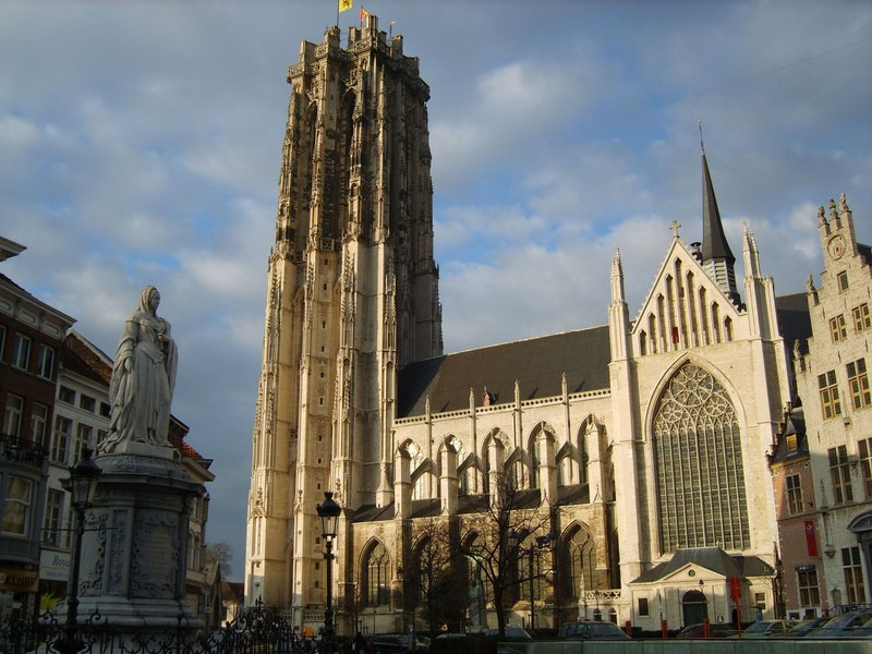 Holiday Inn Express Mechelen City Centre-St. Romboutscathedral - Holiday Inn Express Mechelen<br/>Image from Leonardo