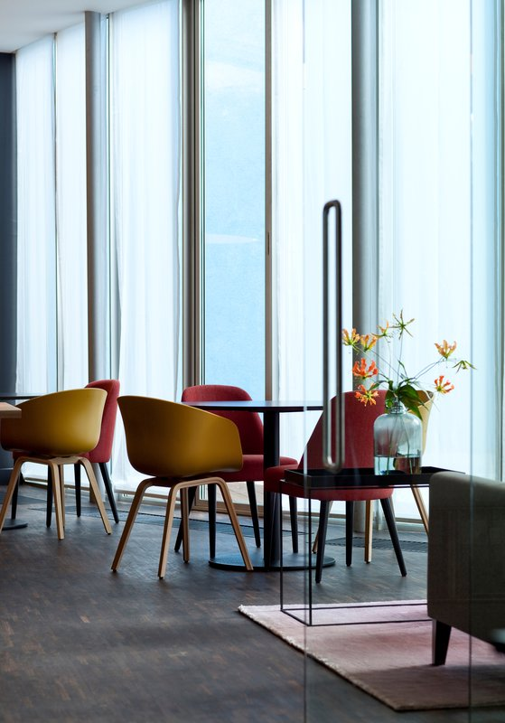 Holiday Inn Express Mechelen City Centre-Hotel Lobby Holiday Inn Express Mechelen<br/>Image from Leonardo
