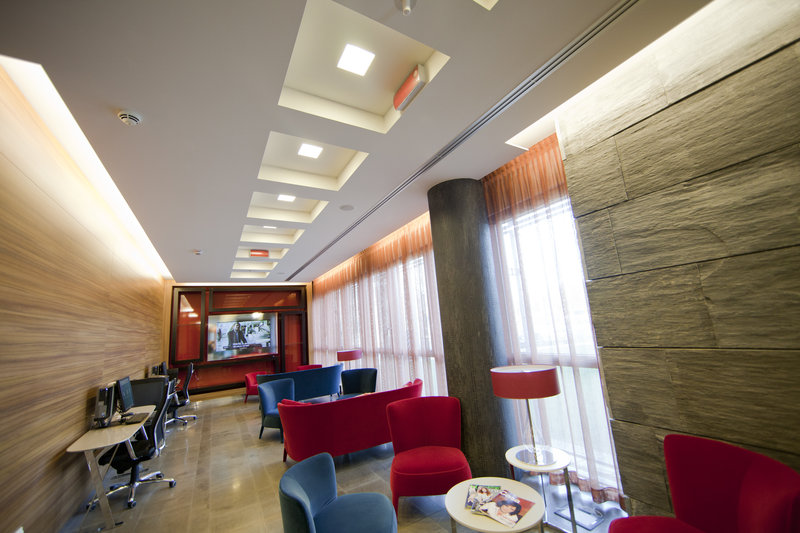 Crowne Plaza Verona Fiera-Guest Lounge<br/>Image from Leonardo