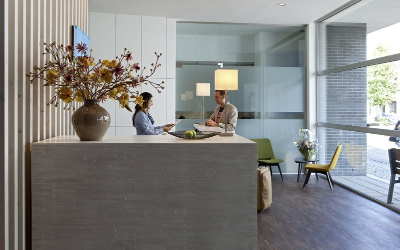 Holiday Inn Express Mechelen City Centre-Front Desk - Holiday Inn Express Mechelen<br/>Image from Leonardo