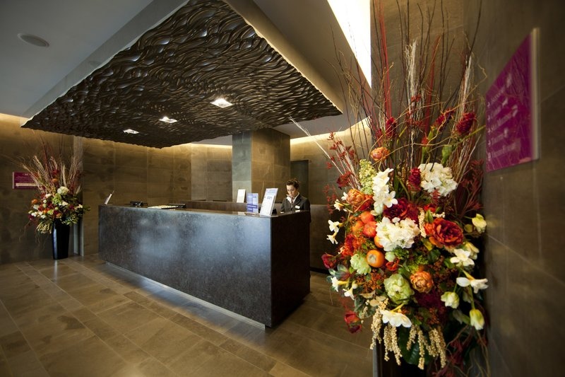 Crowne Plaza Verona Fiera-Front Desk<br/>Image from Leonardo