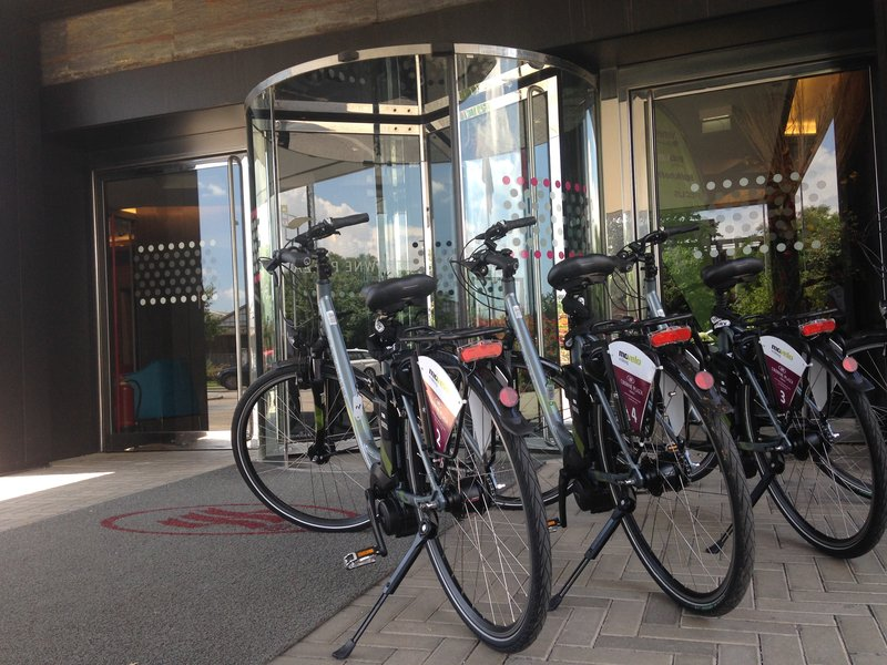 Crowne Plaza Verona Fiera-Bicycle Rental<br/>Image from Leonardo
