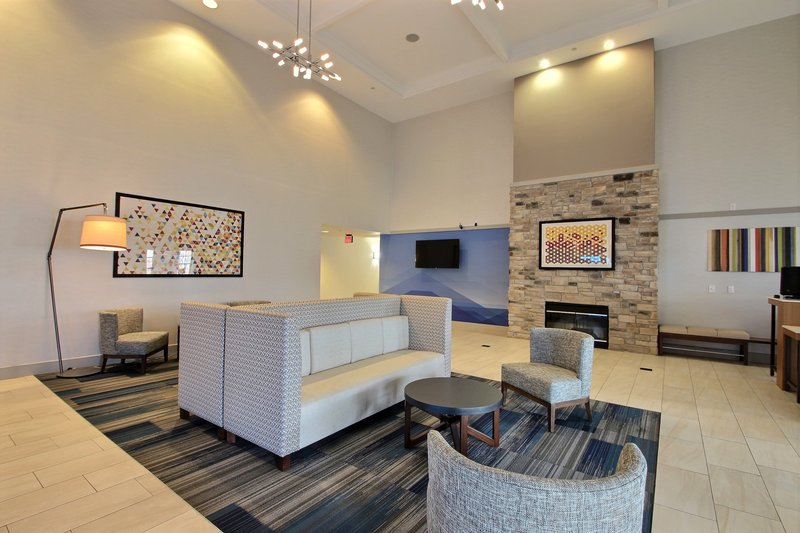 Holiday Inn Express & Suites Milwaukee Airport-Located near Hwy 94 & Mitchell International Airport<br/>Image from Leonardo