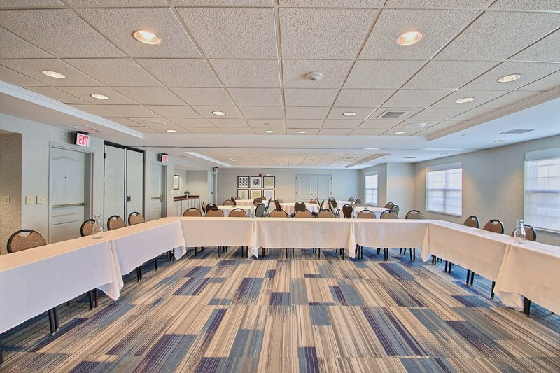 Holiday Inn Express & Suites Milwaukee Airport-Meeting Room located nearby Hwy 94<br/>Image from Leonardo