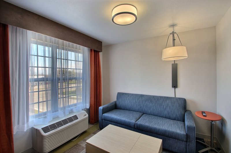 Holiday Inn Express & Suites Milwaukee Airport-Living Space<br/>Image from Leonardo