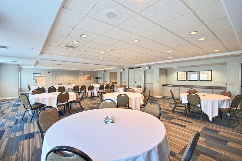 Holiday Inn Express & Suites Milwaukee Airport-Meeting Room located near Hwy 94<br/>Image from Leonardo