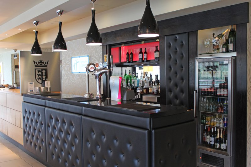 Holiday Inn Express Chester Racecourse-Lobby Bar<br/>Image from Leonardo