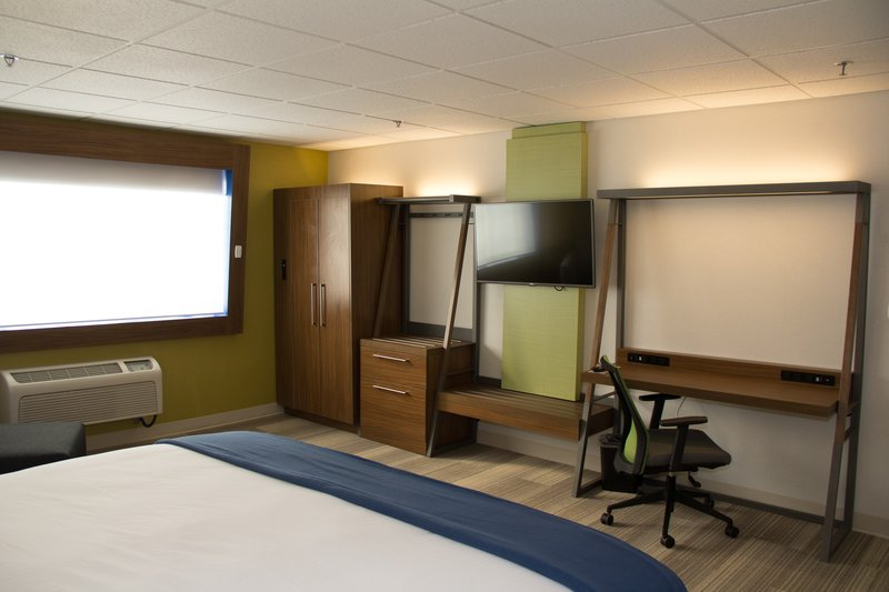 Holiday Inn Express Salt Lake City Downtown-Holiday Inn Express Salt Lake City Downtown Executive Suite<br/>Image from Leonardo