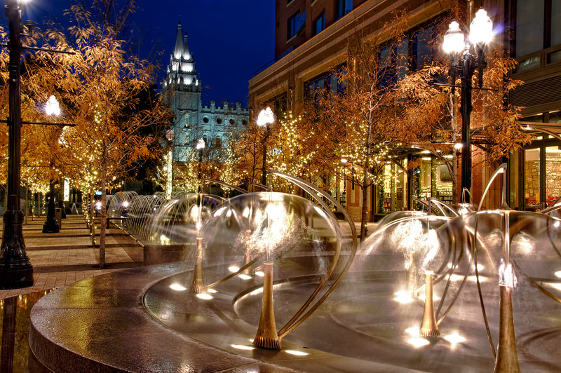 Holiday Inn Express Salt Lake City Downtown-City Creek fountains and shopping center is within two blocks<br/>Image from Leonardo