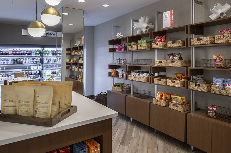 Crowne Plaza St. Louis Airport-Last minute snack or drink? You can get it at the Marketplace.<br/>Image from Leonardo