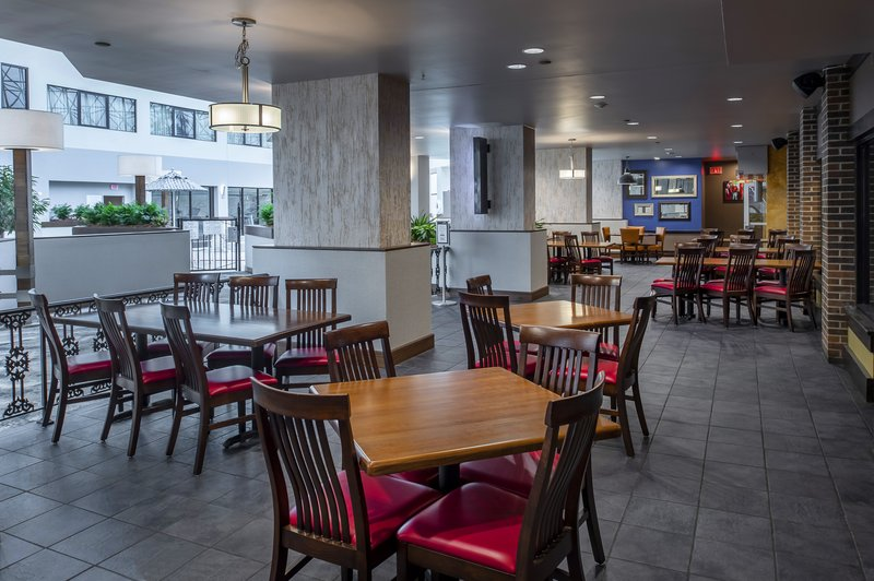 Crowne Plaza St. Louis Airport-Indoor Patio at O'Hagen's Irish Pub<br/>Image from Leonardo