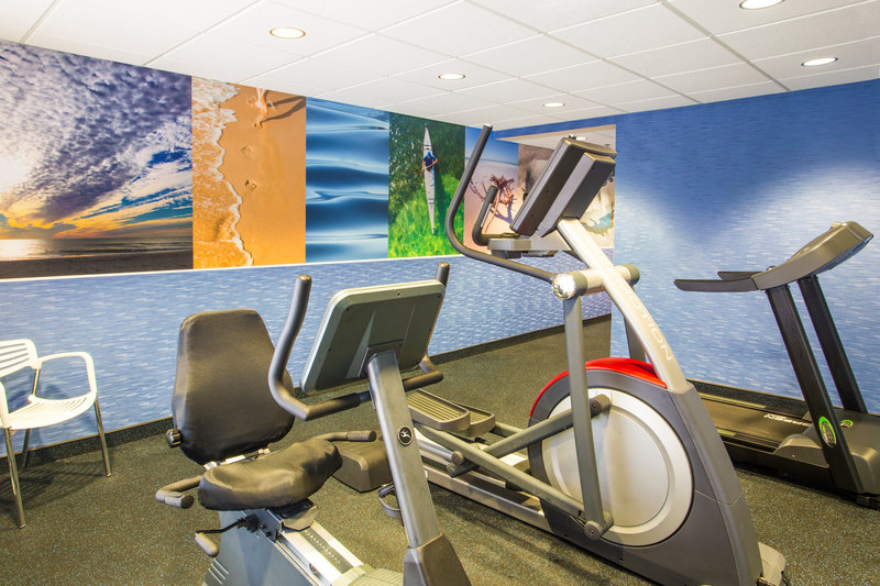 Holiday Inn Express Hotel & Suites Clearwater North/Dunedin-Fitness Center<br/>Image from Leonardo