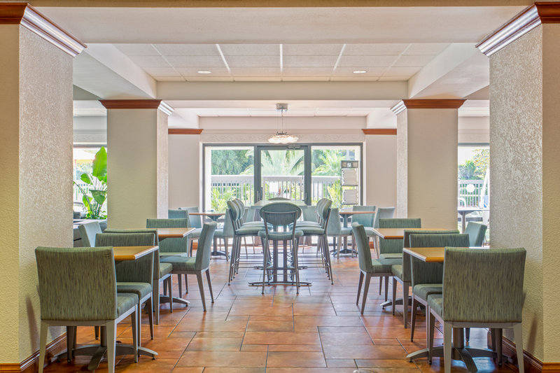 Holiday Inn Express Hotel & Suites Clearwater North/Dunedin-Breakfast Area<br/>Image from Leonardo