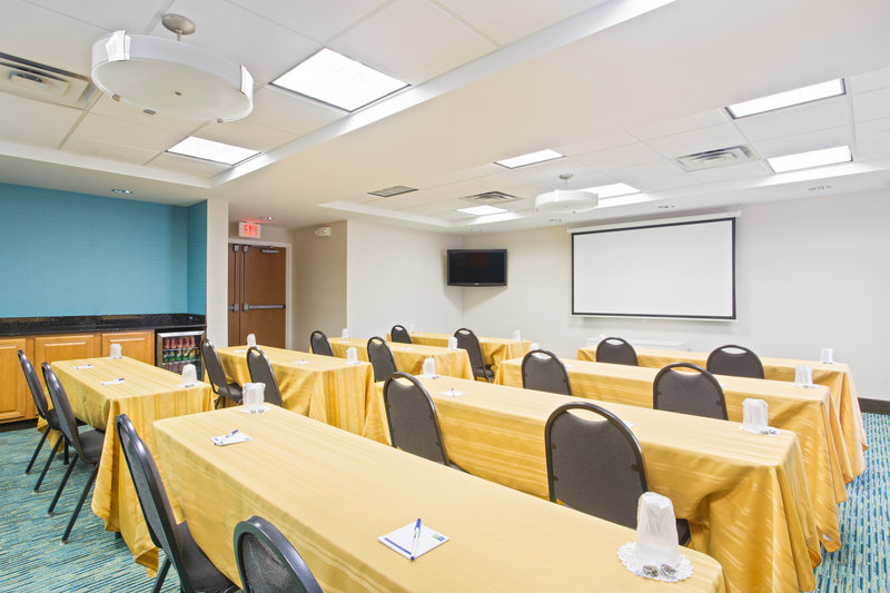 Holiday Inn Express Hotel & Suites Clearwater North/Dunedin-Meeting Room<br/>Image from Leonardo
