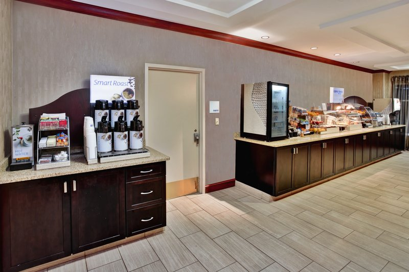 Holiday Inn Express & Suites Grand Rapids - North-Breakfast Bar<br/>Image from Leonardo