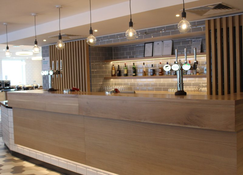Holiday Inn Express Oxford - Kassam Stadium-Hotel Bar<br/>Image from Leonardo