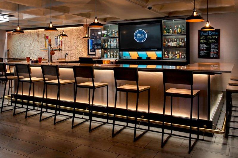 Four Points Philadelphia Northeast-Living Room - Bar Area<br/>Image from Leonardo