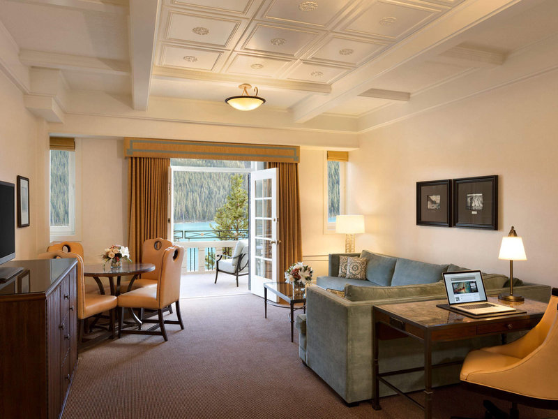 Fairmont Chateau Lake Louise-Guest Room<br/>Image from Leonardo