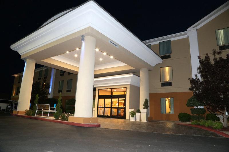 Holiday Inn Express Lexington-Sw (Nicholasville)-Hotel Exterior<br/>Image from Leonardo