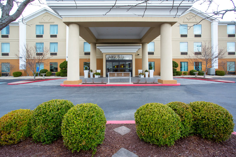 Holiday Inn Express Lexington-Sw (Nicholasville)-Welcome to the Holiday Inn Express in beautiful Nicholasville, KY.<br/>Image from Leonardo