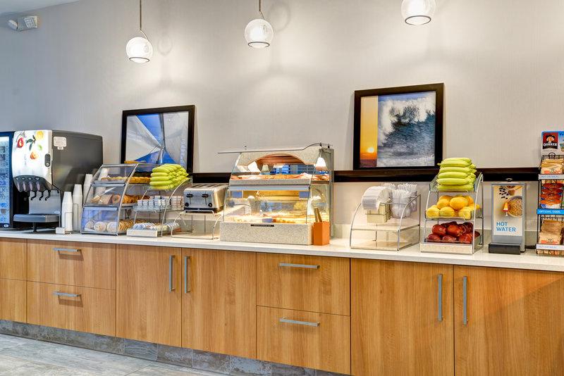 Holiday Inn Express Newport Beach-Complimentary Breakfast at Holiday Inn Express Newport Beach<br/>Image from Leonardo