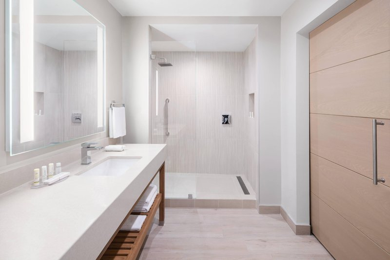 Courtyard Port of Spain-Executive Suite Bathroom<br/>Image from Leonardo