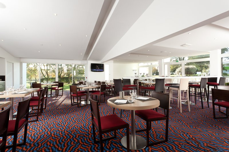 Holiday Inn Lille - Ouest Englos-Restaurant<br/>Image from Leonardo