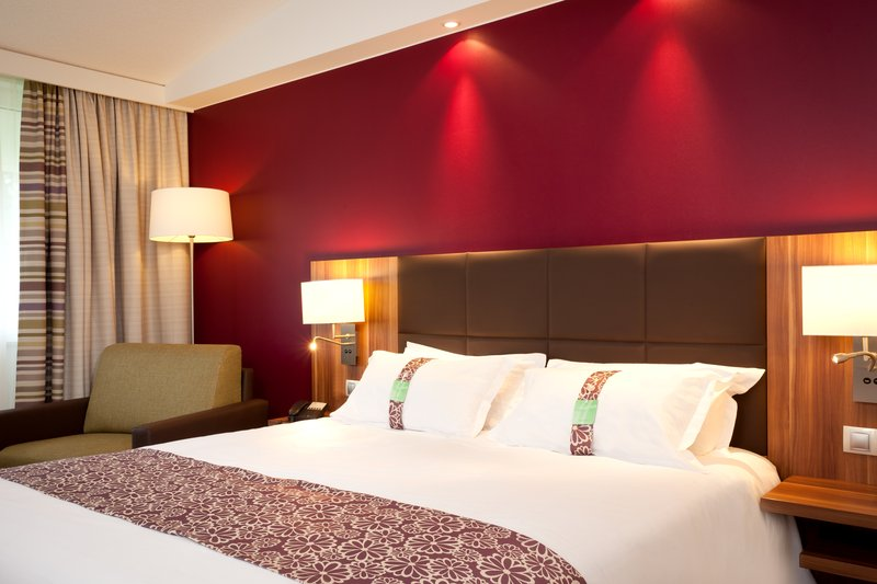 Holiday Inn Lille - Ouest Englos-Standard double Room<br/>Image from Leonardo