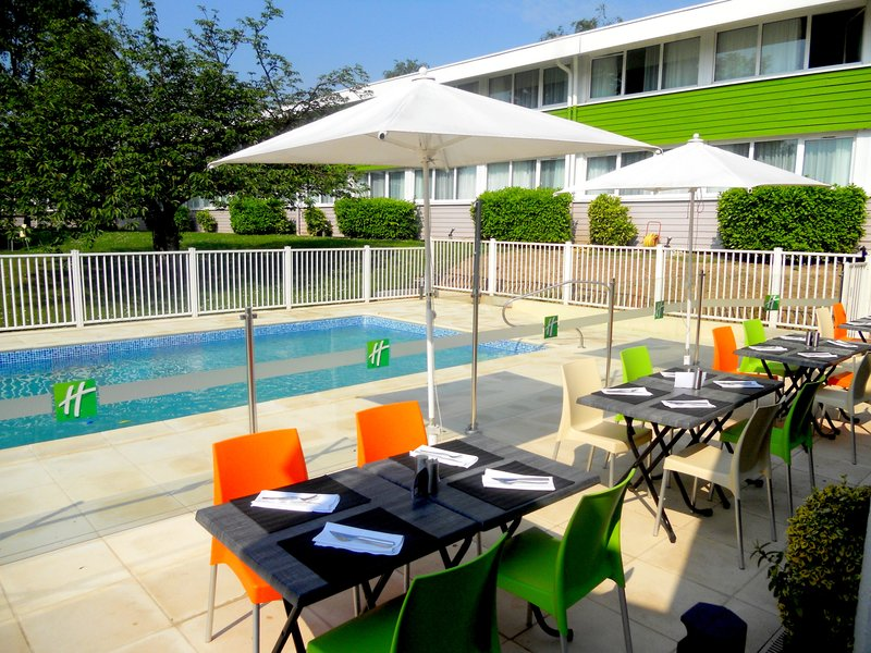 Holiday Inn Lille - Ouest Englos-Terrace<br/>Image from Leonardo
