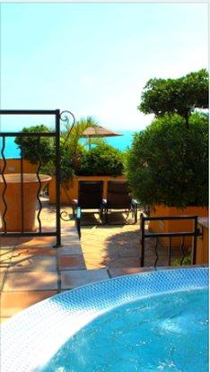 La Perouse Hotel-Jaccuzzi<br/>Image from Leonardo
