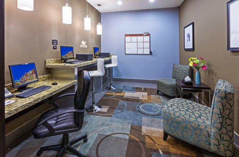 Staybridge Suites Amarillo - Western Crossing-Business center with computer and printer available<br/>Image from Leonardo