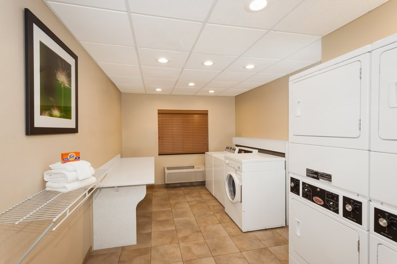 Candlewood Suites Aurora-Naperville-Complimentary Laundry Facility<br/>Image from Leonardo