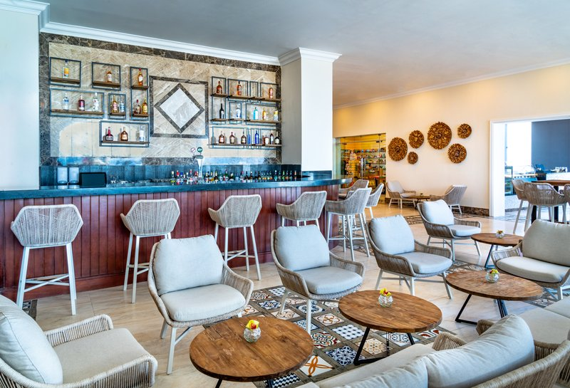 Jewel Grande Montego Bay Resort & Spa  - Sentry Lobby Bar <br/>Image from Leonardo