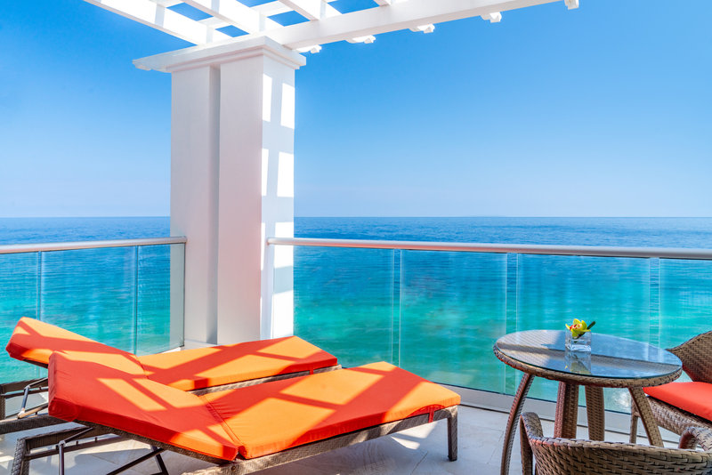 Jewel Grande Montego Bay Resort & Spa  - Oceanfront Jr Suite King Balcony <br/>Image from Leonardo