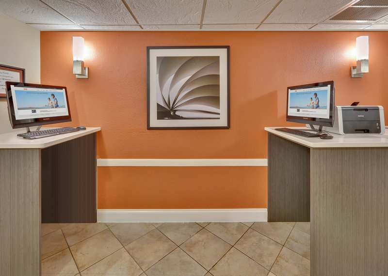 Candlewood Suites Dallas Market Centre-Business Center <br/>Image from Leonardo