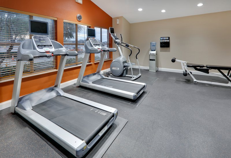 Candlewood Suites Dallas Market Centre-For the fitness enthusiast.  Keep it up while on vacation.<br/>Image from Leonardo
