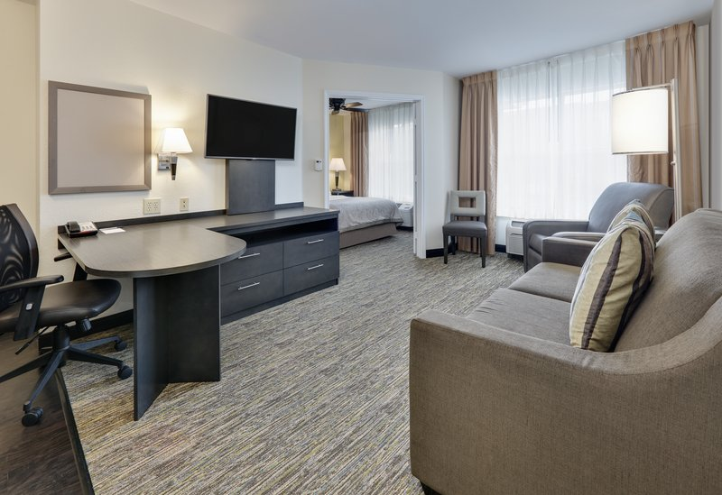 Candlewood Suites Dallas Market Centre-2 Bedroom Suite 2 Queen Beds Nonsmoking <br/>Image from Leonardo