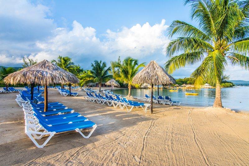Jewel Paradise Cove Adult Beach Resort  - Beach Chairs <br/>Image from Leonardo