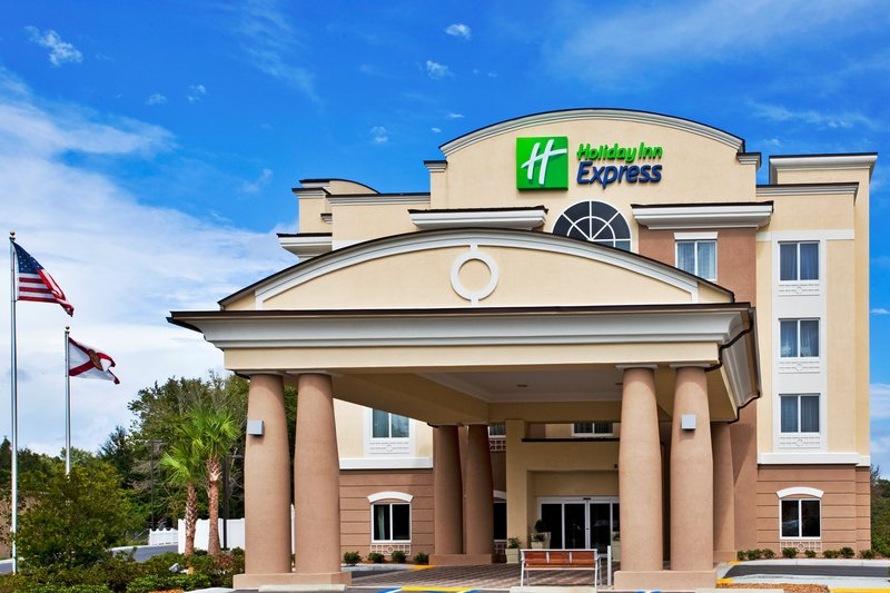 Holiday Inn Express Crystal River-Hotel Exterior<br/>Image from Leonardo