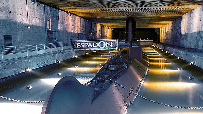 Holiday Inn Express Saint - Nazaire-The submarine Espadon<br/>Image from Leonardo